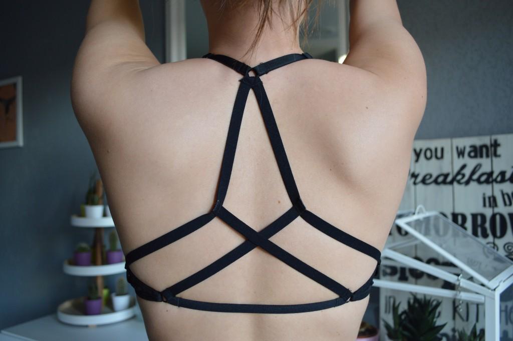 lingerie lanières